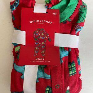NWT- Wondershop Baby 1 Piece Sleep Outfit 6-9 mos